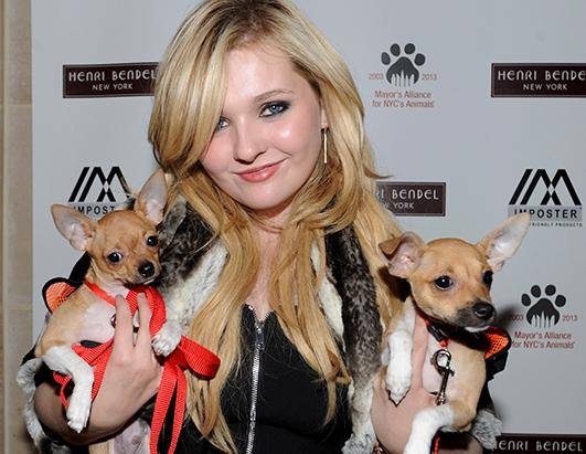 abigail breslin 2015abigail breslin vk, abigail breslin haunter, abigail breslin википедия, abigail breslin christmas in new york, abigail breslin 2010, abigail breslin wiki, abigail breslin gif, abigail breslin age, abigail breslin site, abigail breslin wes bentley, abigail breslin movies, abigail breslin tumblr, abigail breslin little miss sunshine, abigail breslin foto, abigail breslin 2015, abigail breslin twitter, abigail breslin operacion, abigail breslin and kirsten dunst, abigail breslin interview, abigail breslin pictures