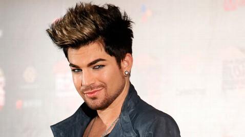 gty adam lambert dm 121231 wblog Adam Lambert Criticizes Les Mis for Pretend Singers