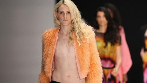 gty andrej pejic michalsky 2 nt 130103 wblog Elle Puts Androgynous Model Andrej Pejic on Its Cover