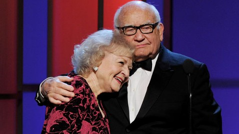 gty betty white ed asner thg 111213 wblog Hot in Cleveland Sparks Another Mary Tyler Moore Reunion
