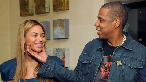 gty beyonce jay z dm 120511 wblog Obama Taps Star Power for Campaign Cash in Final Stretch