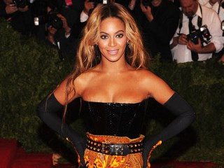 "PHOTO: Beyonce attends the Costume Institute Gala for the ""PUNK: Chaos to Couture"" exhibition at the Metropolitan Museum of Art on May 6, 2013 in New York City."
