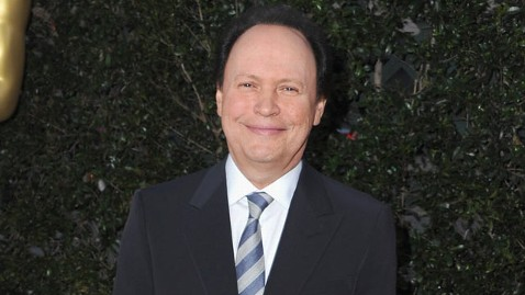 gty billy crystal oscars thg 111110 wblog Billy Crystal Is Back Hosting the Oscars