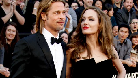 gty brad pitt angelina jolie thg 121127 wblog Brad Pitt, Angelina Jolie Close to Wedding