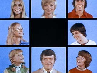 PHOTO: Pictured clockwise from top left is: Maureen McCormick as Marcia Brady, Florence Henderson as Carol Brady, Barry Williams as Greg Brady, Christopher Knight as Peter Brady, Mike Lookinland as ...