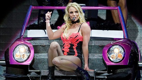 gty britney spears ll 120411 wblog Report: Britney Spears Close to X Factor Deal