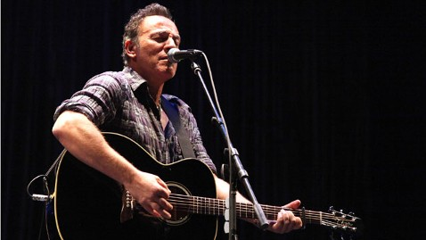 gty bruce springsteen nt 120119 wblog Bruce Springsteen Gets Political (Again) with New Song