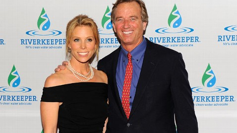 gty cheryl hines robert kennedy jr thg 120517 wblog Robert F. Kennedy, Jr. Reportedly Dating Actress Cheryl Hines