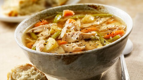 gty chicken soup dm 121104 wblog Healthy Options for Holiday Comfort Foods