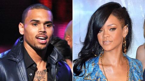 gty chris brown rihanna dm 120404 wblog Report: Rihanna Wont Stay Away from Chris Brown