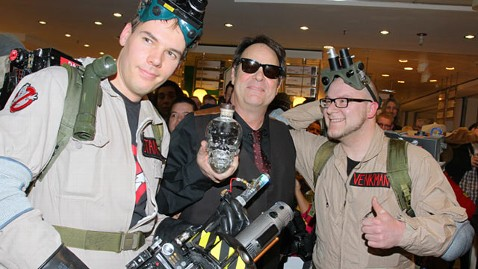 gty dan aykroyd ghostbusters ll 120702 wblog Aykroyd: Ghostbusters 3 Has New Writers
