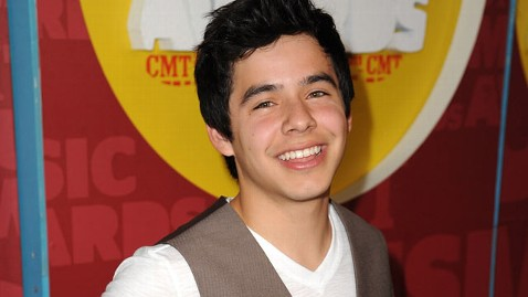 gty david archuleta jef 111220 wblog David Archuleta Reveals Plans For 2 Year Mormon Mission