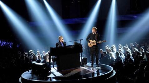 gty ed sheeran elton john grammys lpl 130210 wblog Grammys 2013 Live Updates