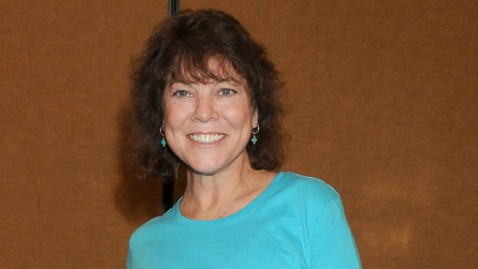 gty erin moran nt 120608 wblog Happy Days Star Erin Moran Living in Trailer to Help Ailing Mother in Law