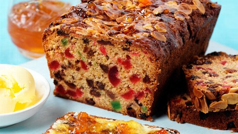 gty fruit cake jef 111220 wblog 6 Disgusting Holiday Foods
