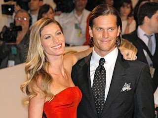 "PHOTO: Gisele Bundchen and Tom Brady attends the ""Alexander McQueen: Savage Beauty"" Costume Institute Gala at The Metropolitan Museum of Art."