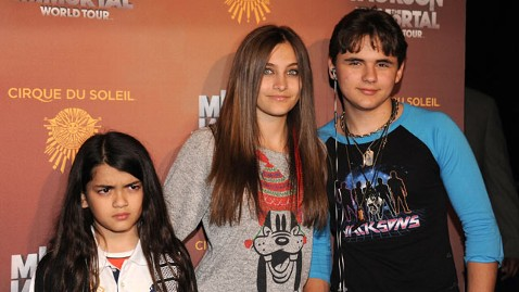 gty jackson kids kb 120625 wblog Paris Jackson Lashes Out at Family Members on Twitter