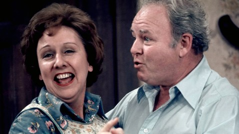 gty jean stapleton all in the family jt 130601 wblog All in the Family Star Jean Stapleton Dies at 90