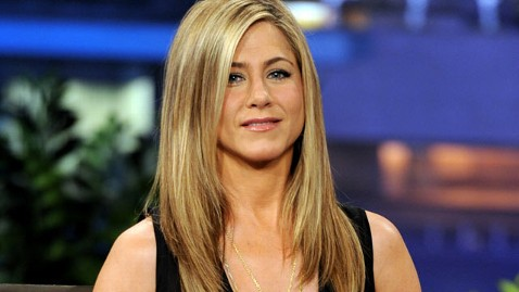 gty jennifer aniston jef 120404 wblog Jennifer Aniston on Getting Older