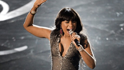 Jennifer Hudson sings at Academy Awards