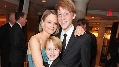 gty jodie charlie christopher foster ll 120116 wblog Jodie Foster Brings Sons Into Limelight at Golden Globes Ceremony