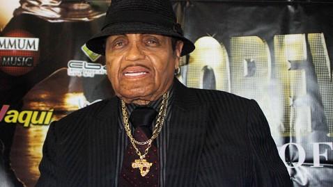 gty joe jackson nt 121129 wblog Michael Jacksons Father, Joe Jackson, Suffers Stroke