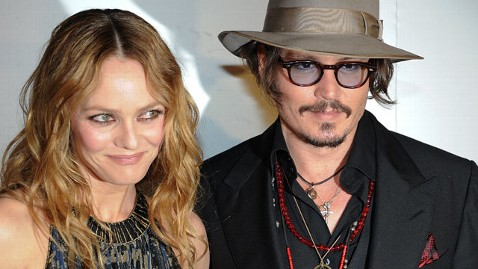 gty johnny depp pardis dm 120619 wblog Johnny Depp, Vanessa Paradis Split