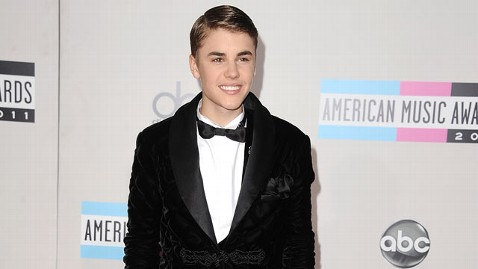 gty justin bieber thg 111121 wblog Justin Bieber Takes DNA Paternity Test, According to Report