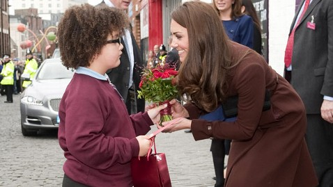 gty kate middleton admirer tk 120214 wblog Kate Middleton Celebrates Valentines Day With Royal Charity Tour