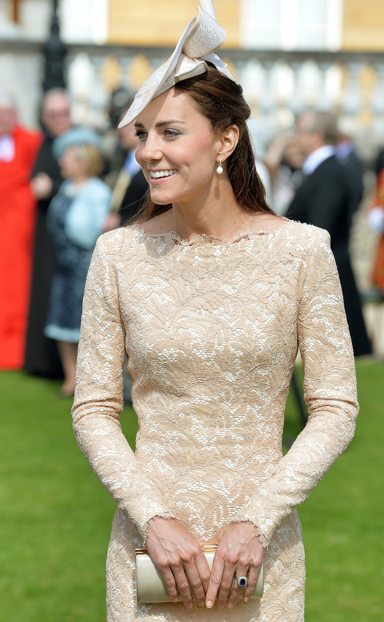 gty kate middleton buckingham palace garden party jc 140610 Kate, Queen, Celebrate Prince Philips 93rd Birthday