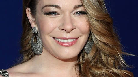 gty leann rimes kb 130215 wblog LeAnn Rimes Suing Dentist, Says His Bad Work Made Her Career Suffer