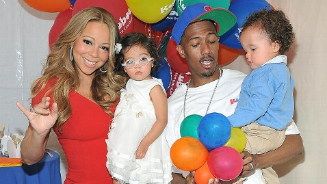 gty mariah carey nick cannon dm 121114 wblog Nick Cannon Changes More Diapers Than Mariah Carey