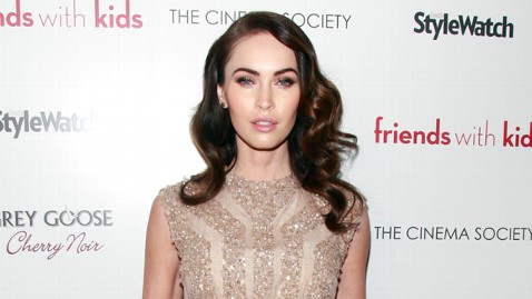 gty megan fox jef 121207 wblog Megan Fox Gained 23 Pounds During Pregnancy, Has 10 Still to Lose
