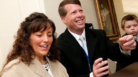 gty michelle jim bob duggar ll 111208 wblog Michelle Duggar: 19 Kids and Counting Star Has Miscarriage