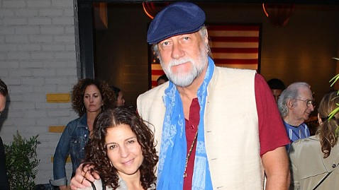 gty mick fleetwood mi 130410 wblog Mick Fleetwood Splits from Wife