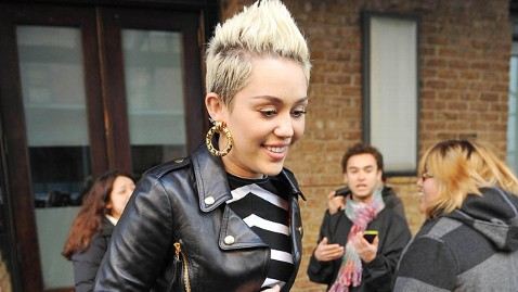 gty miley cyrus ll 130221 wblog Miley Cyrus Opens Up About Wedding Plans