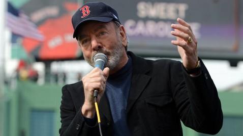 gty neil diamond jef 130425 wblog Neil Diamonds Sweet Pledge to Boston
