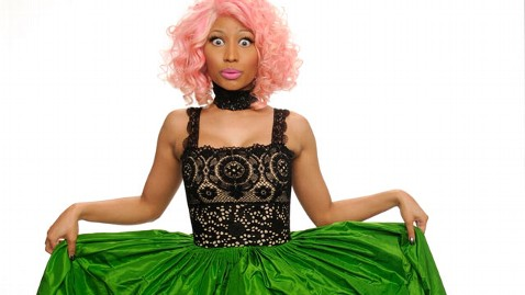 gty nicki minaj thg 120202 wblog Nicki Minajs Tour Demands Buckets of Fried Chicken, Humidifier, Full Tea Set