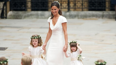 gty pippa royal wedding dm 111124 wblog Pippa Middletons Bridesmaid Dress Goes on Sale