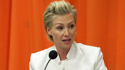 gty portia de rossi jef 130513 wblog Portia de Rossi Gives Clues for New Season of Arrested Development