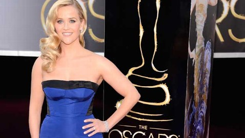 gty reese witherspoon red carpet thg 130224 wblog Oscars 2013: Academy Awards Live Updates