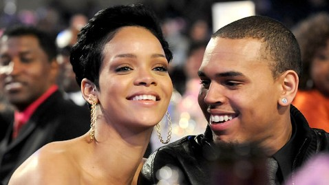gty rihanna Chris brown thg 121126 wblog Chris Brown and Rihanna Heating Up?