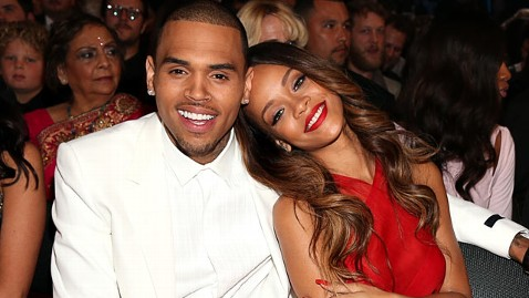 gty rihanna chris brown grammys lpl 130210 wblog Grammys 2013: Chris Brown, Rihanna Get Cozy