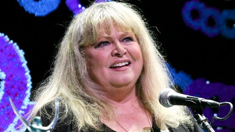 gty sally struthers jef 120423 wblog Sally Struthers Steps Out For Theatre Group