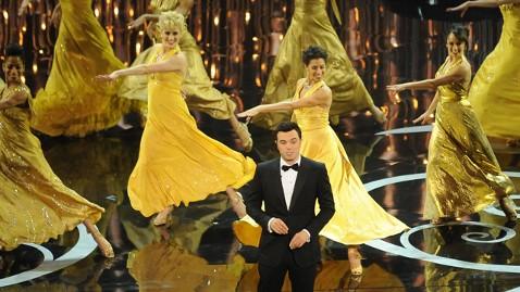 gty seth dancers kb 130224 wblog Oscars 2013: Academy Awards Live Updates