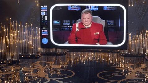 gty seth macfarlane captain kirk thg 130224 wblog Oscars 2013: Academy Awards Live Updates