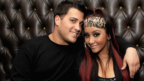 gty snooki jionni thg 120608 wblog Pregnant Snooki: 8 Surprising Things You Didnt Know