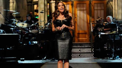 gty sofia vergara snl jef 120409 wblog Sofia Vergara Plays Up Voluptuous Figure, Gives Shout Out to Son on SNL
