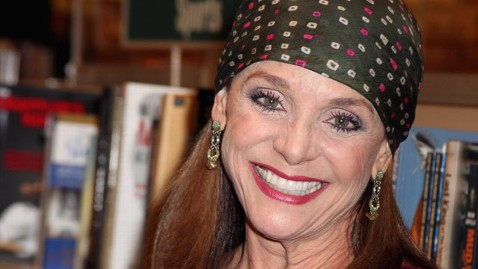 gty valerie harper mi 130306 wblog Instant Index: Carrie Fisher to Reprise Role as Princess Leia