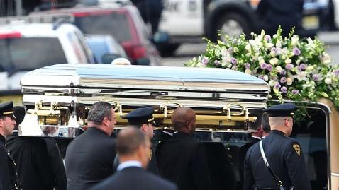 gty whitney houston casket jp 120223 wblog Has Enquirer Gone Too Far With Whitney Houston Open Casket Photo?